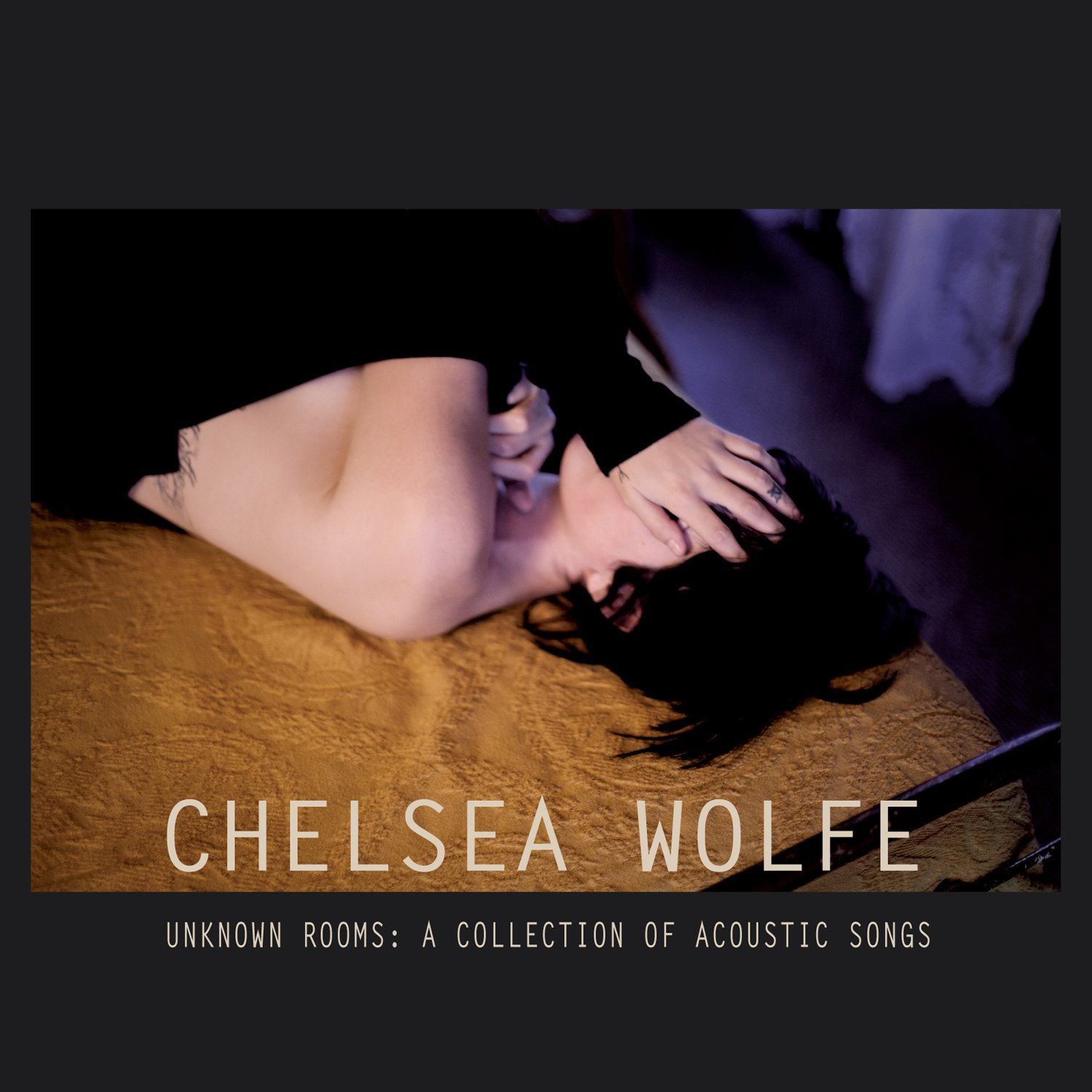 CD : Chelsea Wolfe - Unknown Rooms: A Collection of Acoustic Songs (Digipack Packaging)