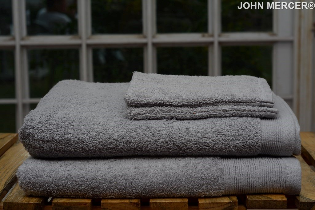 JOHN MERCER Luxury, 100% Cotton (Super Soft), 650GSM, 4 Piece Towel Set, 2 Face Mitts, 1 Hand Towel, 1 Bath Towel, Blush (Pink)