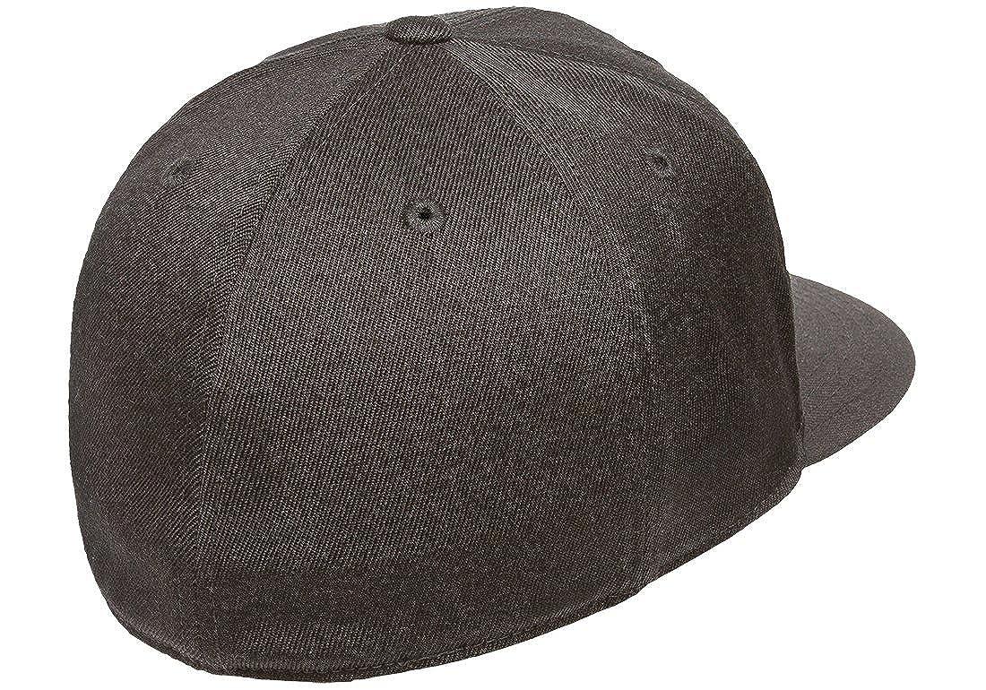 Flexfit Premium 210 Fitted Flat Brim Baseball Hat w THP No Sweat Headliner  Bundle Pack at Amazon Men s Clothing store  3b4cd308cb1