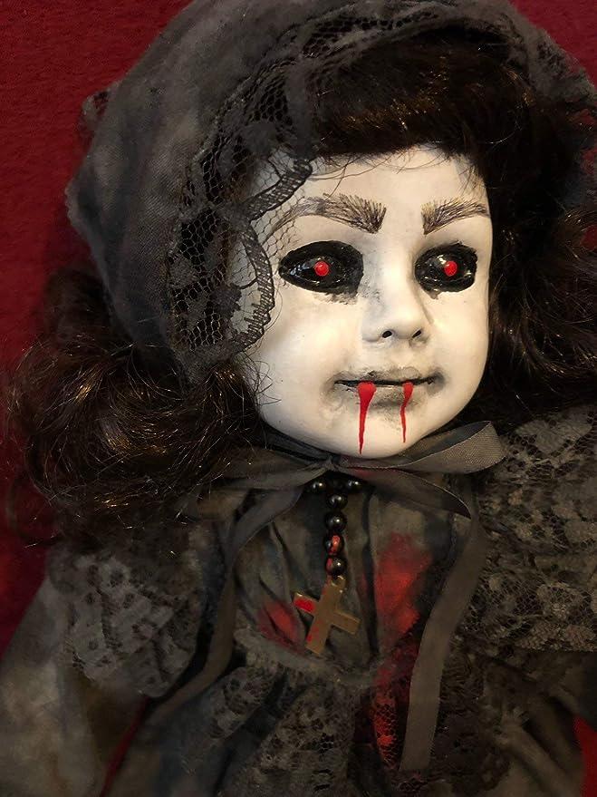 Amazon.com: OOAK - Muñeca de rosario sangriento, con ojo ...