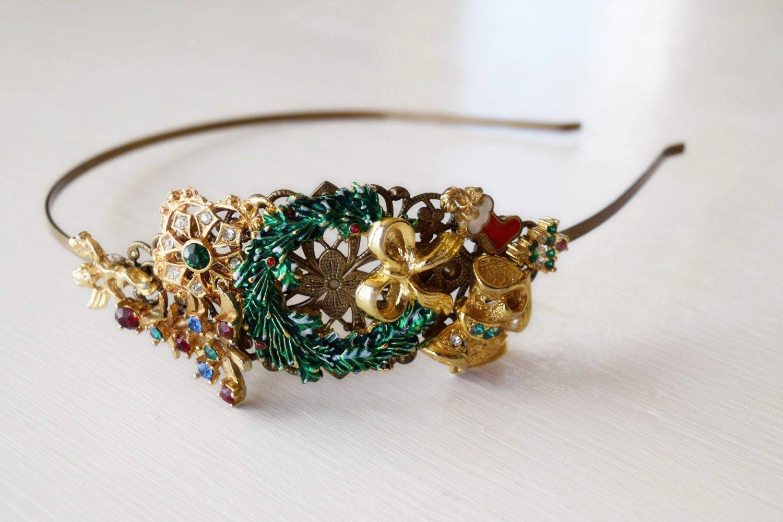 Christmas Wreath Headband - Christmas Gift - Gold and Green Headpiece - Christmas Tree Accessory - Christmas Stocking - Adult Holiday Headband - Gold Headband - Vintage Christmas Wedding