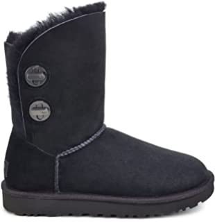 00cdcafa266 Amazon.com | UGG Women's Bailey Button II Winter Boot | Shoes