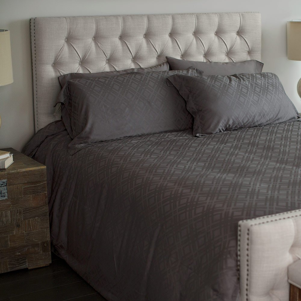 Cariloha Bamboo Jacquard Duvet Cover Set by Includes Duvet Cover and Pillow Shams - 3 Degrees Cooler than Cotton - 100% Viscose from Bamboo (Graphite, King)