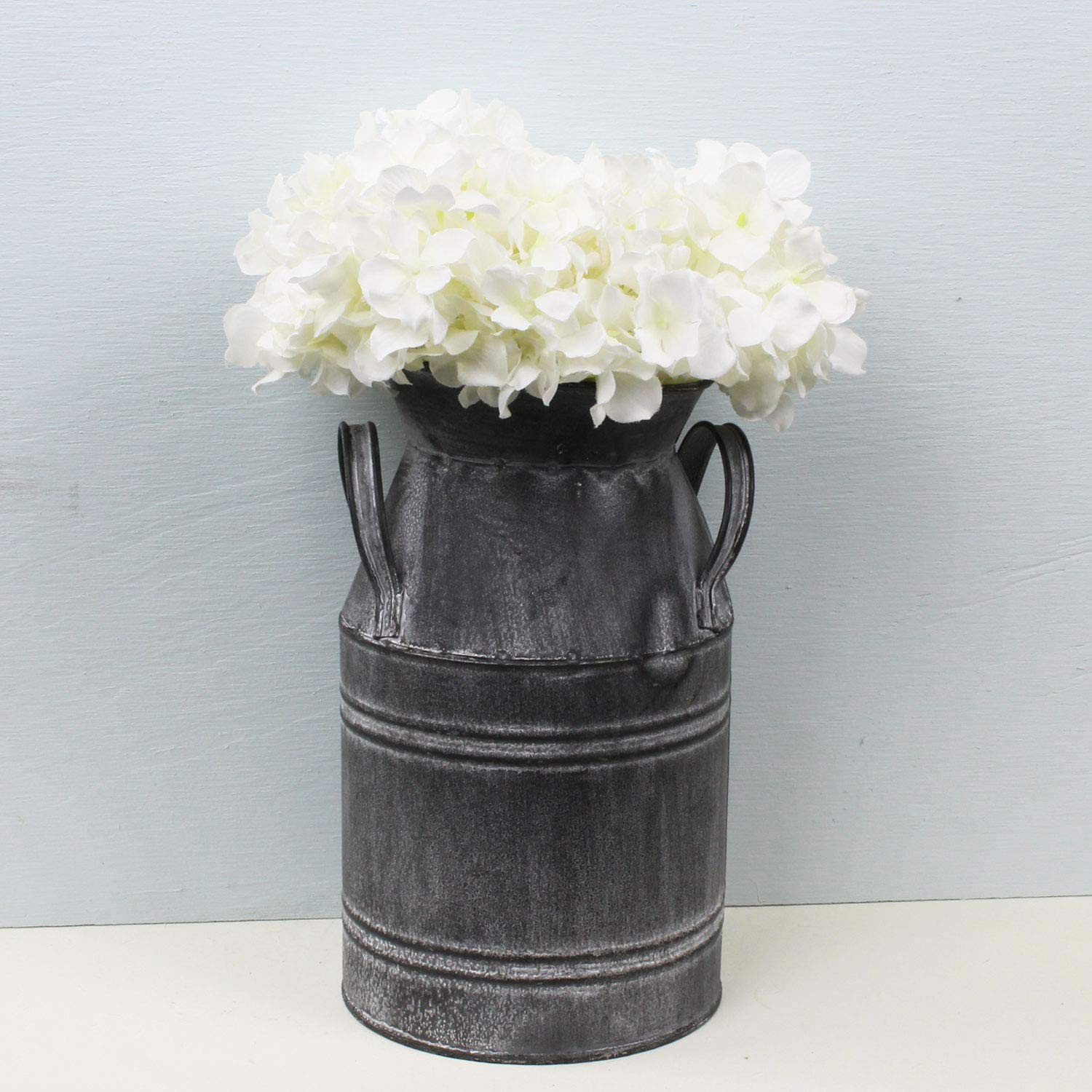 Rustic Farmhouse Style PDHome Metal Milk Can