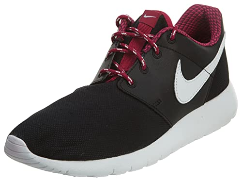 Cuña acampar Masacre  Buy Nike Roshe Run Red White Kids Trainers - 599728-603 BLACK/SPORT  FUCHSIA//WHITE 6.5 Big Kid M at Amazon.in