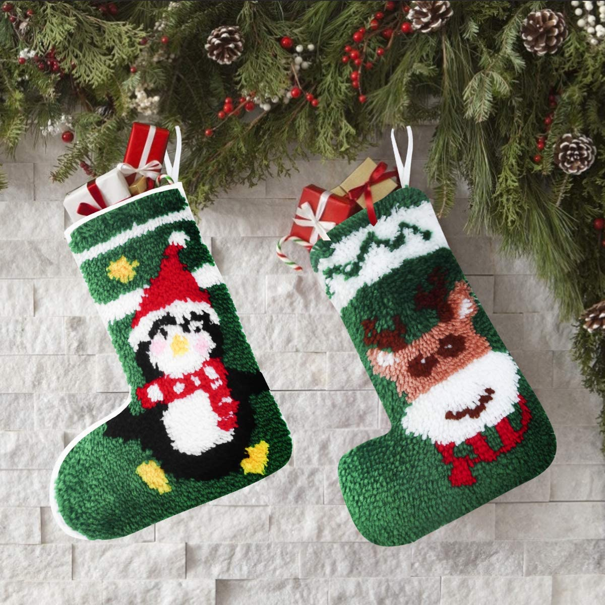 Latch Hook Kits DIY Christmas Stockings with Pattern Printed Shaggy Christmas Decoration Ornament Bag Black and White Penguin 30x45cm//11.8x17.7Inch