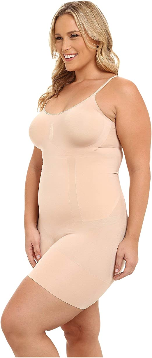 SPANX Women's Plus Size Oncore Mid-Thigh Bodysuit Very Black 1X