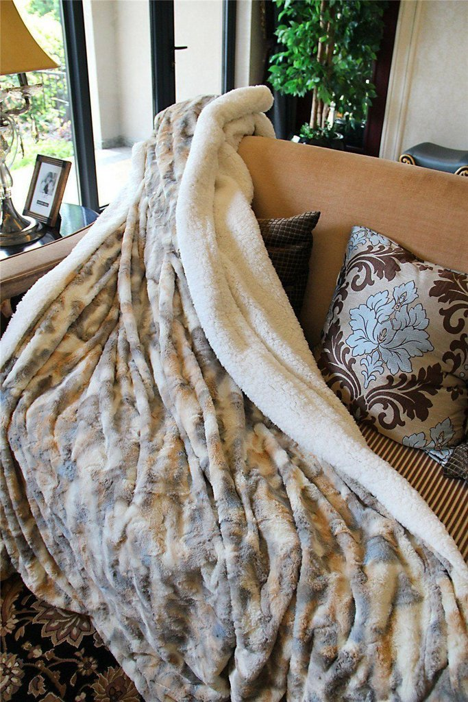 Tache Home Fashion Faux Fur Sherpa Throw Blanket 63x87 Beige, Multi by Tache Home Fashion