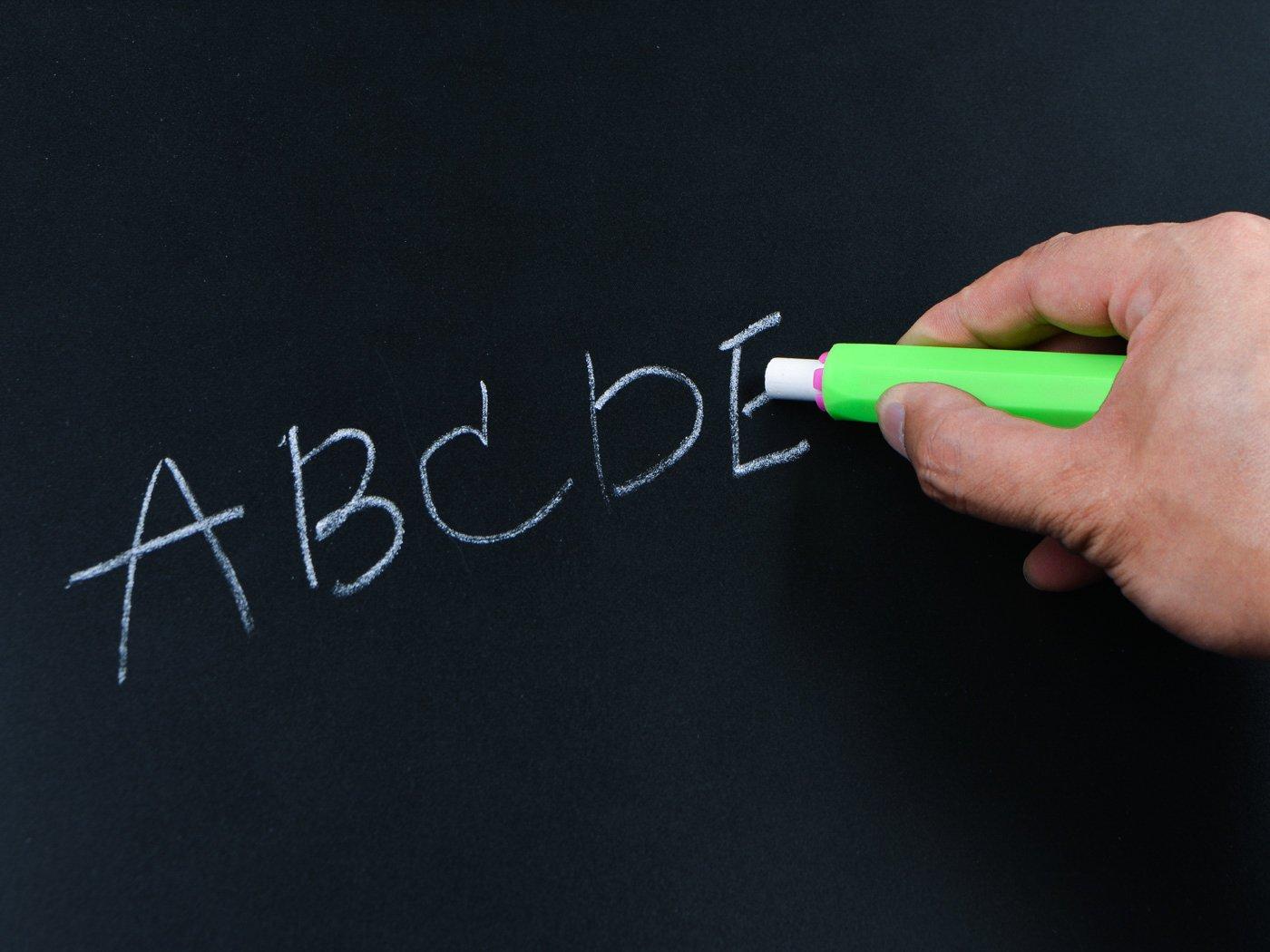5/colori 9,4/x 1,5/cm 5/pezzi regolabile clip gesso supporto per insegnanti scuola per bambini ufficio tavolo da disegno