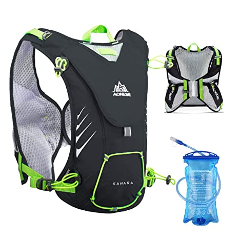 d2b50b6ce1 TRIWONDER 8L Hydration Vest for Outdoors Mochilas Trail Marathoner Running  Race Hydration Pack Backpack fits Women