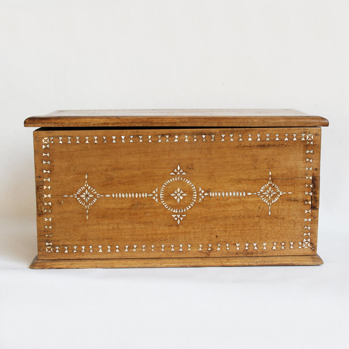 Inlay Teak Box