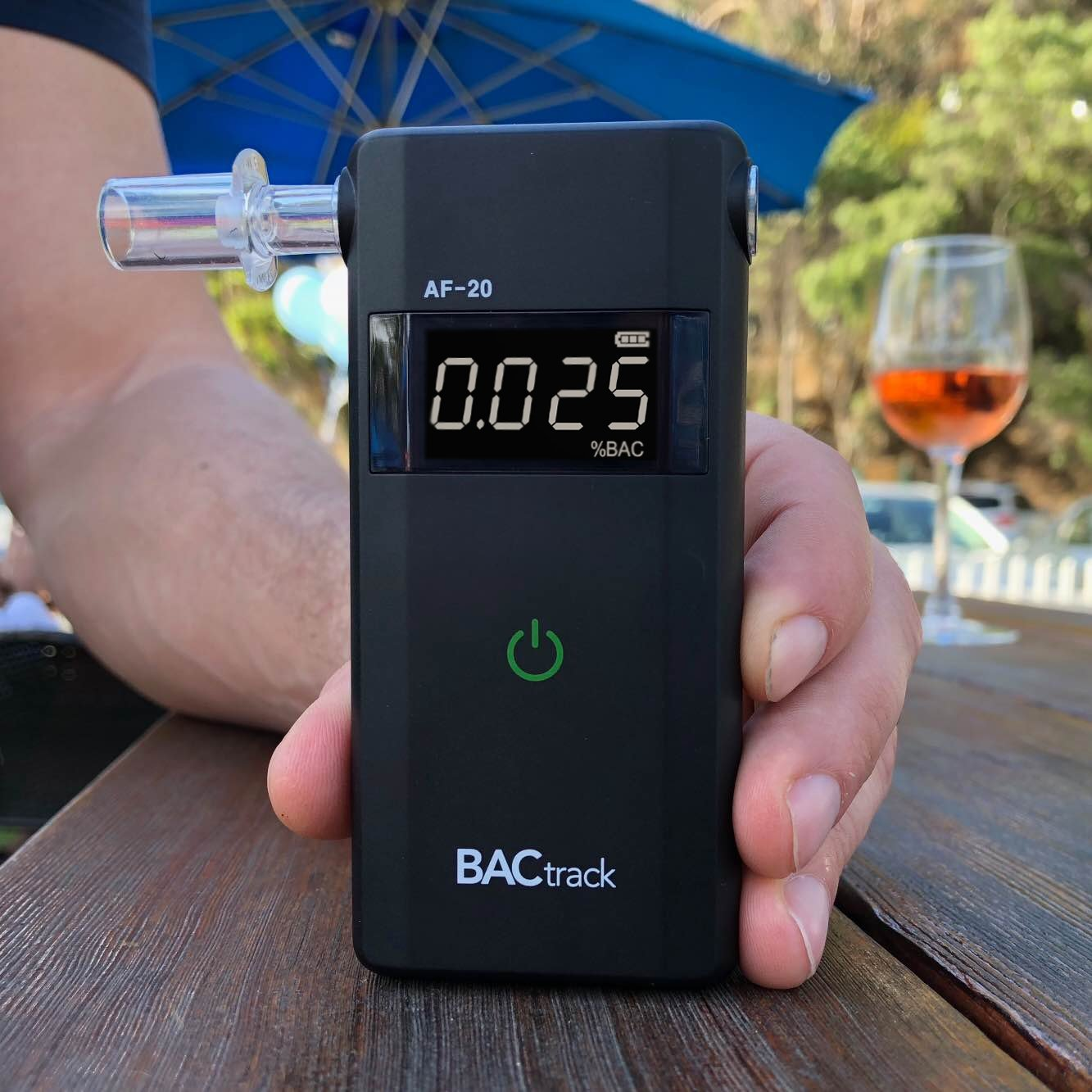 BACtrack Scout Professional Breathalyzer, Portable Breath Alcohol Tester by BACtrack (Image #6)