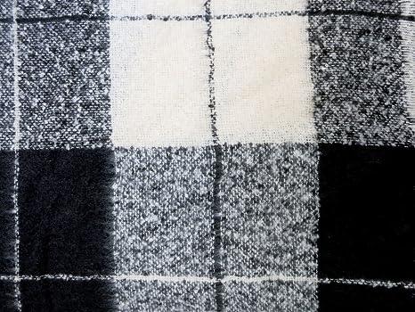 accessu® Grand Châle Oversize Echarpe Foulard pour Femme Automne Hiver -  Melange Check Design - noir blanc  Amazon.fr  Vêtements et accessoires 48080571607