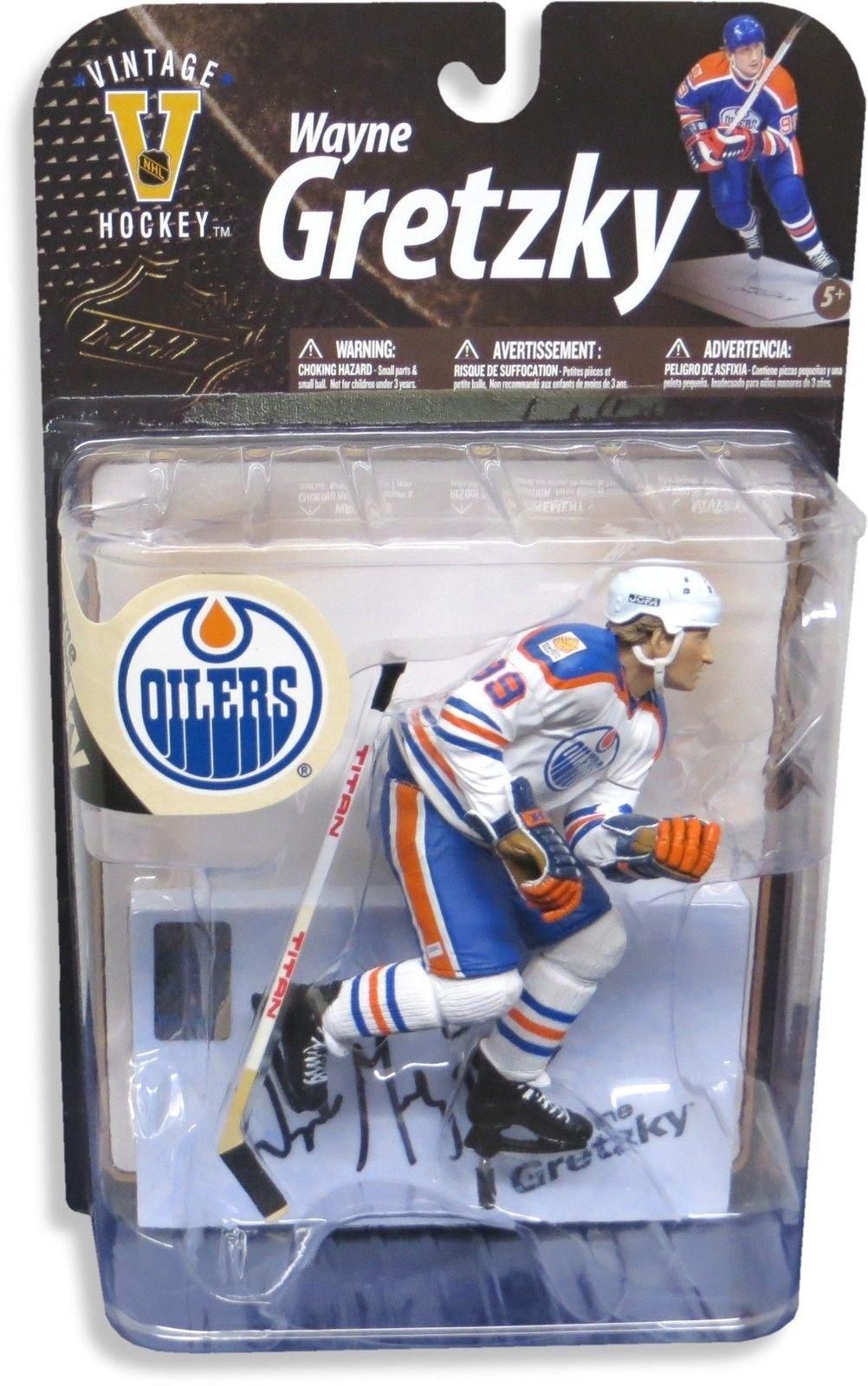Wayne Gretzky Signed Autographed Oilers White Home Vintage McFarlane Figure WGA