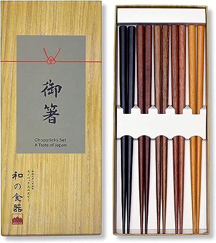 marron assorti Lot de 5 paires de baguettes japonaises r/éutilisables en bois l/éger et durable dans une bo/îte cadeau durable et passe au lave-vaisselle 5, bois