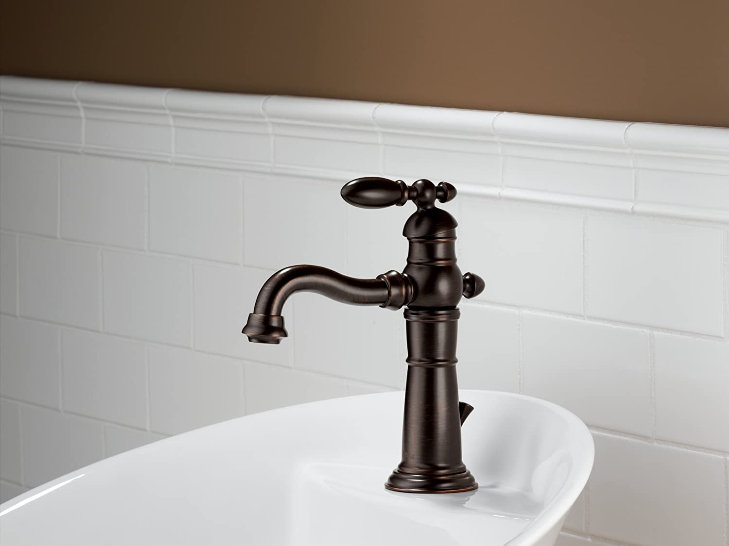 Delta 555LF RB Victorian Single Handle Centerset Bathroom Faucet