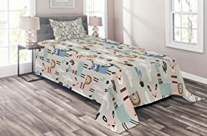 Ambesonne Doodle Coverlet Set Twin Size, Kids Llama Guanaco South American Animals Childish Hand Drawn Nursery Cartoon Art, 2 Piece Decorative Quilted Bedspread Set with 1 Pillow Sham, Multicolor