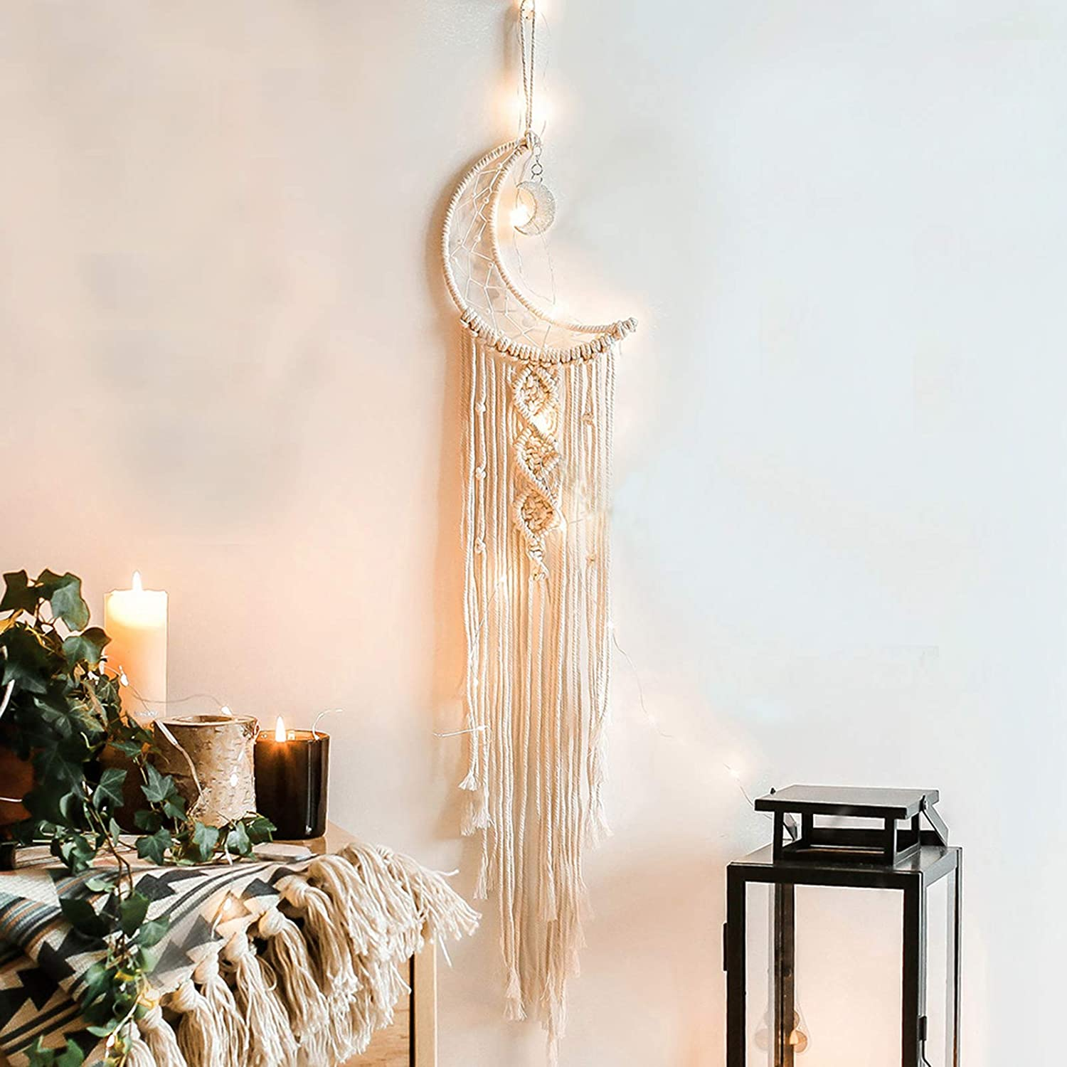 BENBOR Moon Dream Catcher Macrame Wall Hanging, Moon Dream Catcher with LED Lights Boho Chic Bohemian Home Decor Wall Art Decor for Children's Room Decoration, Home Decoration, Craft Gifts