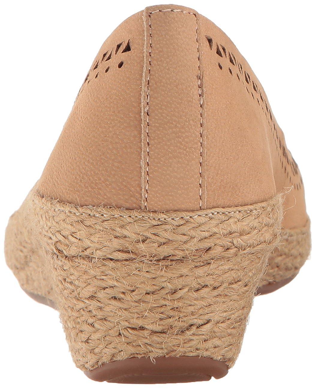 7ae96c2b663a Easy Spirit Women s Derely Wedge Pump Navy  Amazon.ca  Shoes   Handbags
