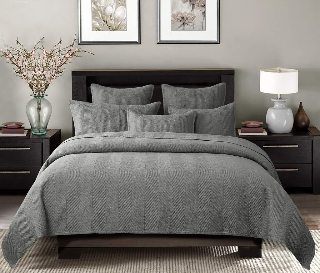 Calla Angel Evelyn Stitch Chevron Luxury Pure Cotton Quilt, Gray, King
