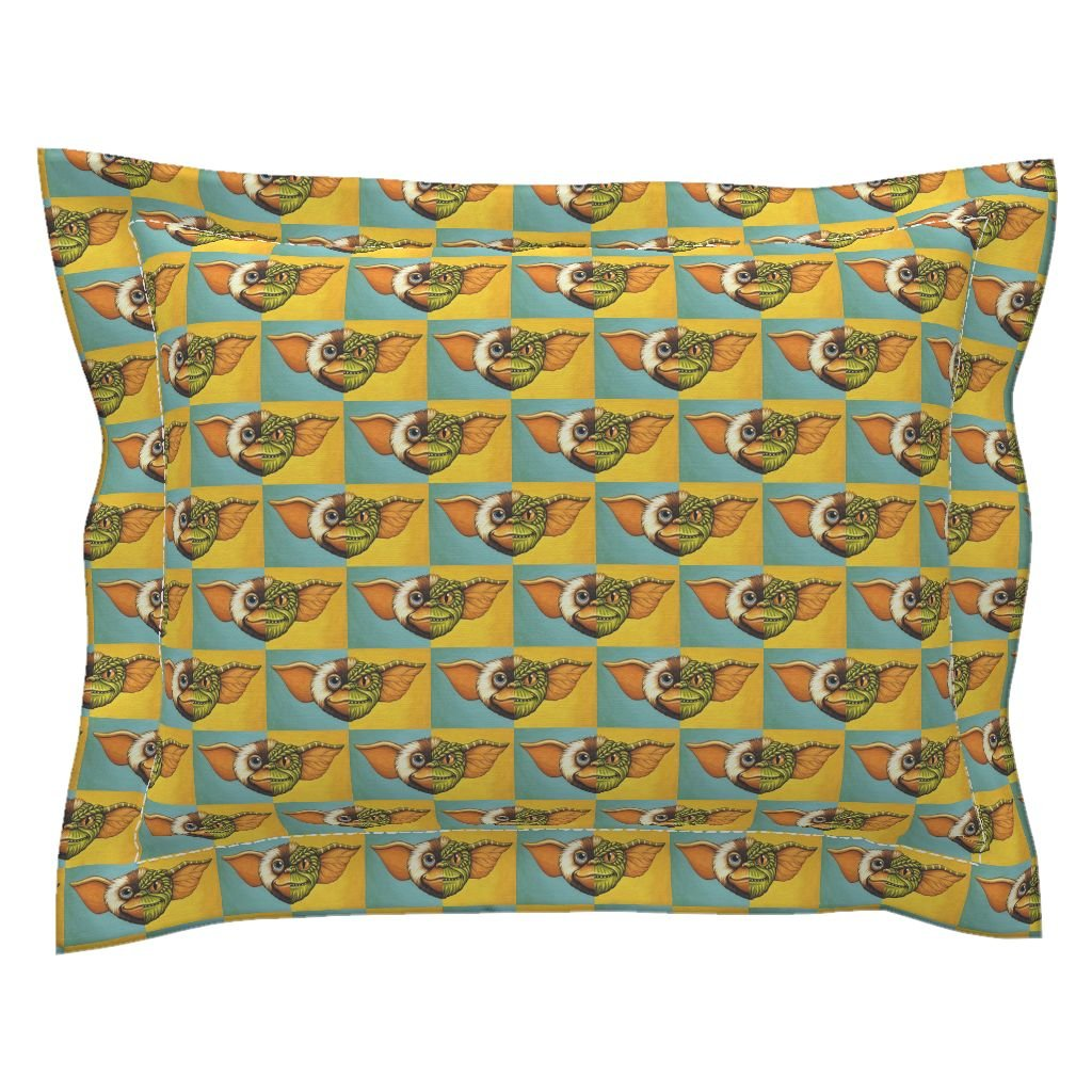 Roostery Gizmo Gremlins Movie Gremlin And Gizmo Face Pillow Sham by