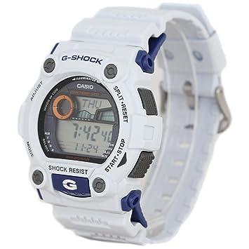 923903d615477 Amazon.com  Casio Men s G7900A-7 G-Shock Rescue White Digital Sport ...