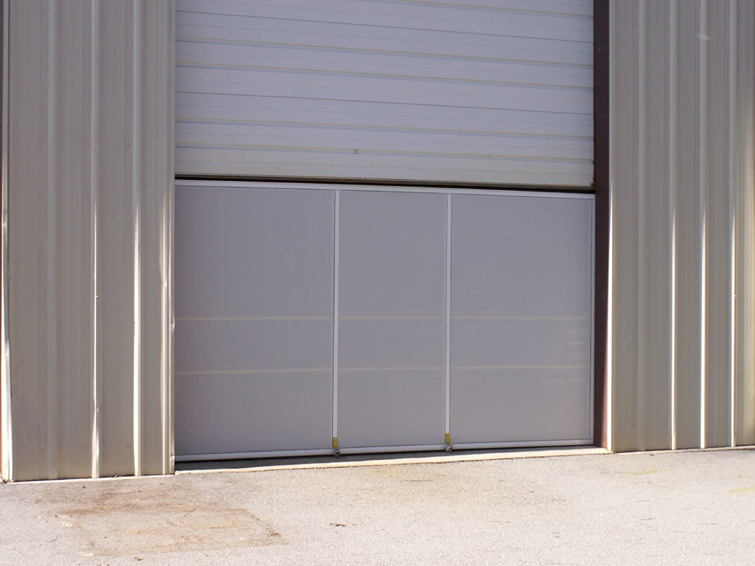 Amazon.com Warehouse Ventilating Security Bug Screen for Dock u0026 Bay Doors (White Frame with 17x20 PVC Coated White Superscreen Fabric) Home Improvement & Amazon.com: Warehouse Ventilating Security Bug Screen for Dock u0026 Bay ...