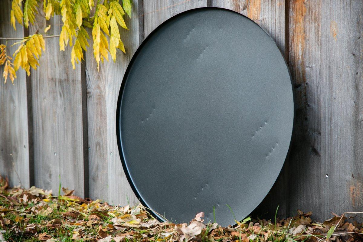 Bodenplatte für unsere Feuerkörbe Funkenplatte Unterlegplatte Ø: 71cm mit Füssen kuheiga