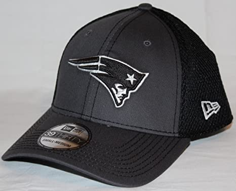 the latest 72e5c dc9d7 Image Unavailable. Image not available for. Color  New Era New England  Patriots NFL 39THIRTY Gray   Black Neo Flex Fit Hat