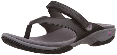 Clarks Women's Isna Slide Flip-Flops and House Slippers Flip-Flops & House Slippers at amazon