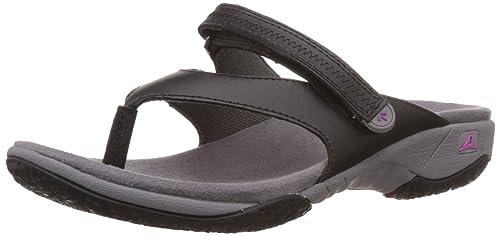a49aaa8cb50 Clarks Women s Isna Slide Black Black Flip-Flops and House Slippers - 4 UK