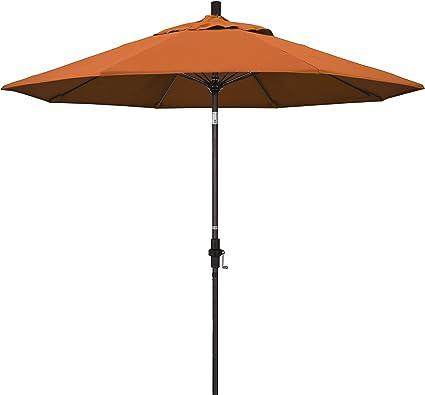 Amazon Com California Umbrella Gscuf908117 Sa17 9 Round Aluminum Pole Fiberglass Rib Market Patio Umbrella Tuscan Orange Patio Umbrellas Garden Outdoor