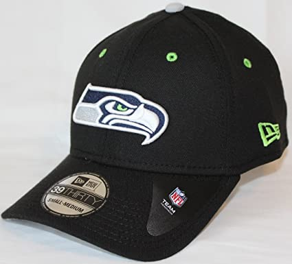 low priced 38f1c 842ea Image Unavailable. Image not available for. Color  New Era Seattle Seahawks  NFL 39THIRTY Black Flex Fit Hat