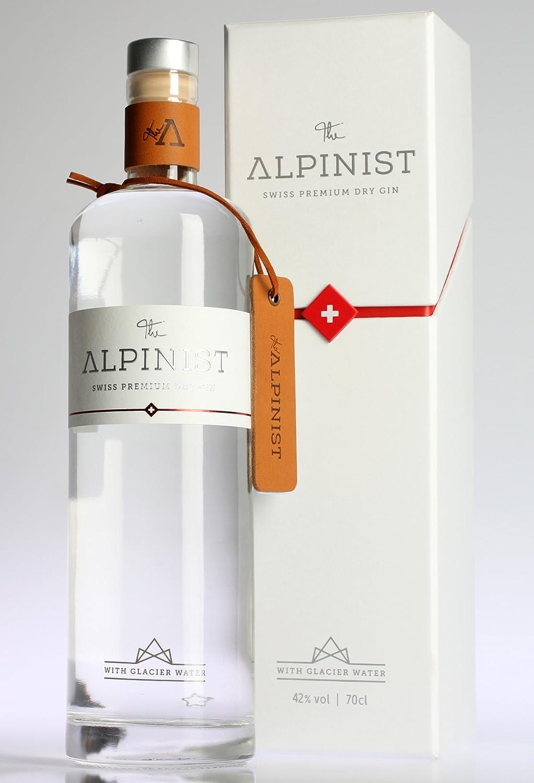 The Alpinist 8 Years Old Rare Blend Premium Rum - 700 ml ...