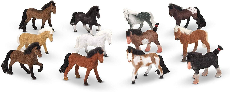 Melissa & Doug Juego de caballos Amigos de los pastizales (12 caballos coleccionables, con cajón de madera con forma de establo)