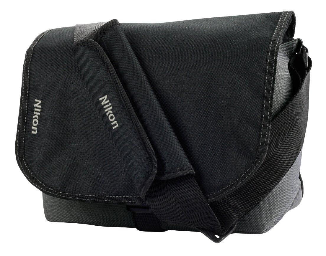Nikon CFEU05 - Pack de maletín y tarjeta de memoria SDHC de 8 GB para cámaras réflex digitales, Negro