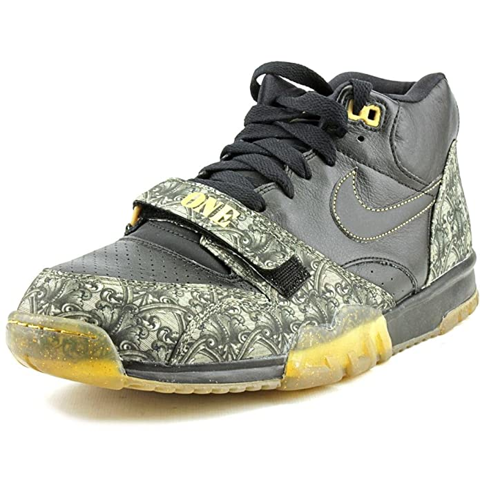 brand new dbf21 5fc40 Amazon.com   Nike Mens Air Trainer 1 Mid PRM QS Leather Sports Basketball  Shoes   Fashion Sneakers