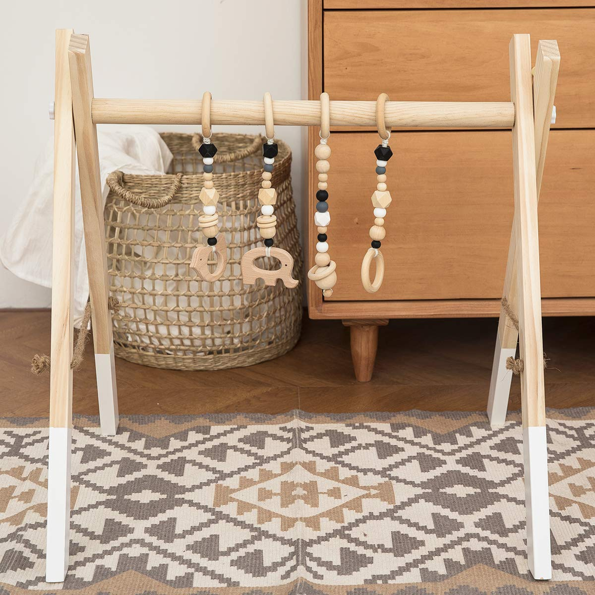 Amazon.com: Baby Love casa anillo de madera bebé Mordedor ...