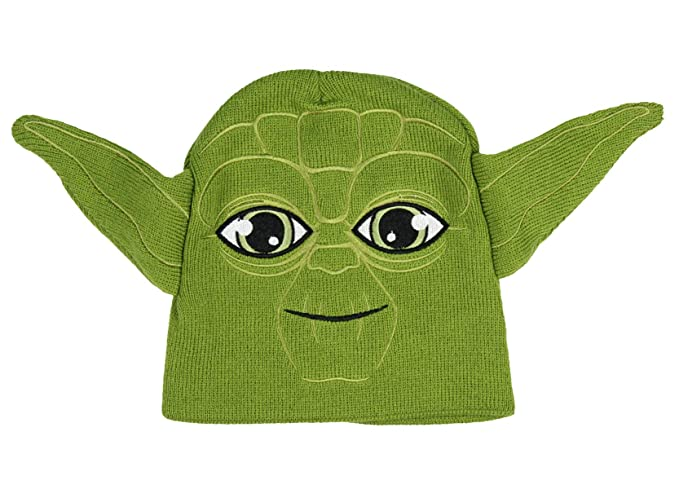 4adcc3ded7c Amazon.com  Star Wars Yoda Winter Beanie Hat Green Unisex Boys Girls Winter  Cap Disney 4-16  Clothing