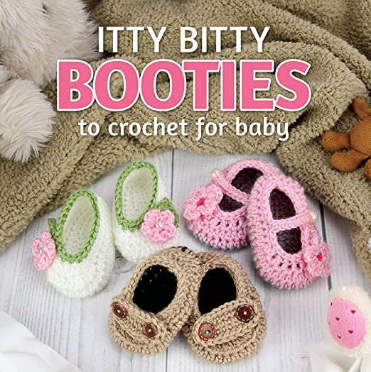 7134d3326 Crochet Gift Box Set - Booties and Hats to Crochet for Babies includes 2  illustrated books and supplies to...