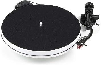 Pro-Ject RPM 1 Carbon - Tocadiscos (Tocadiscos de tracción por Correa, Blanco, MDF, 33,45 RPM, -71 dB, -0,27%)