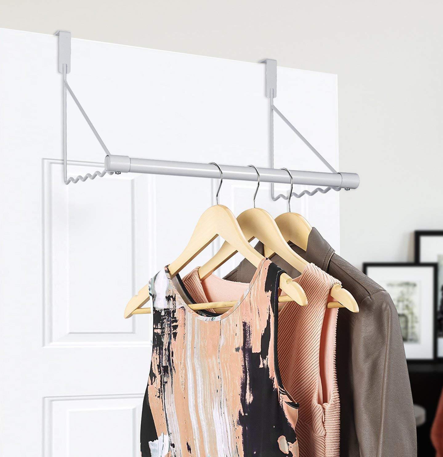 Umi. by Amazon - Colgador para puerta, perchero tras puerta para ropa, blanco