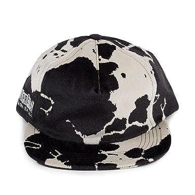 3dc4c2ec2c2 Supreme Mens Velveteen Cow Print Snapback 5-Panel Hat Black White - Black  -  Amazon.co.uk  Clothing