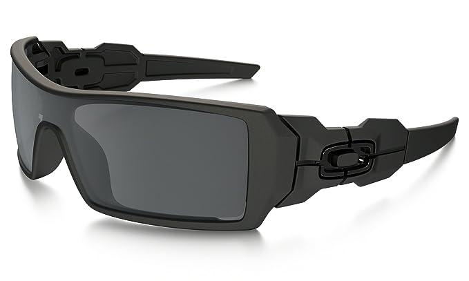 02ac65ab6 Oakley Oil Rig Sunglasses Matte Black/Black Iridium & Cleaning Kit Bundle