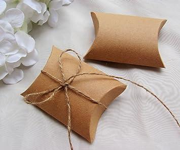 100pcs / lot del papel de Kraft Almohada Caja con el favor del banquete de boda de yute regalo del lazo del caramelo de las cajas: Amazon.es: Hogar