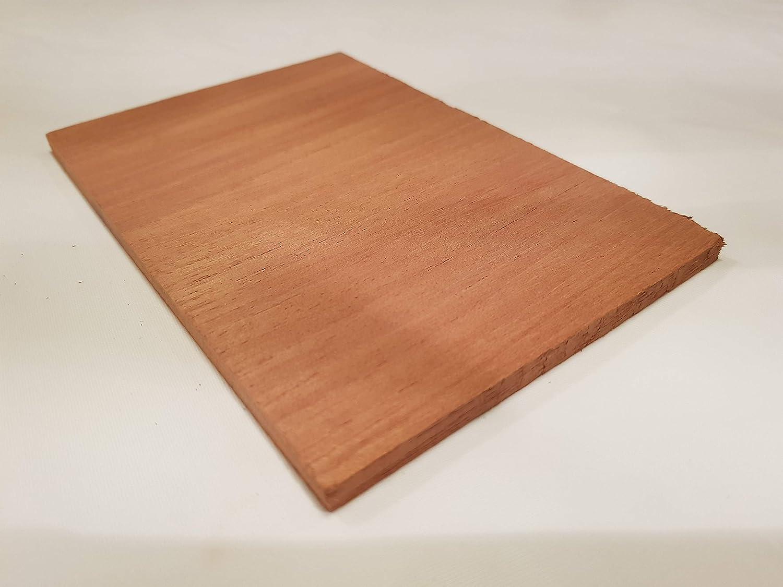 Chuffingtons Spanish cedar for cigars in Tupperdore//humidor//tupperware