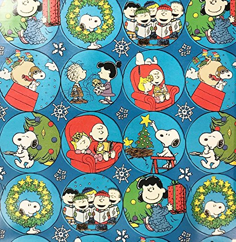 Gang Reverse (Peanuts Snoopy & Gang Christmas Wrapping Paper Gift Wrap (3.33 Feet Wide -- 40 Square Feet))