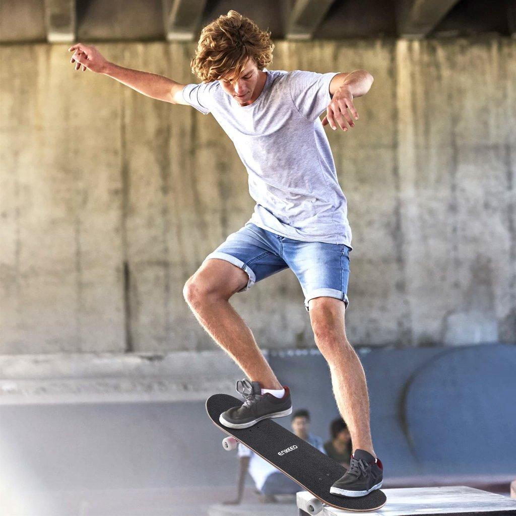 ENKEEO Skateboard Completo Double Kick Concave Skateboard 32 4 Cuscinetti ABEC-9 Ideale per Principianti e Professionisti,Bianco Peso Massimo 100kg