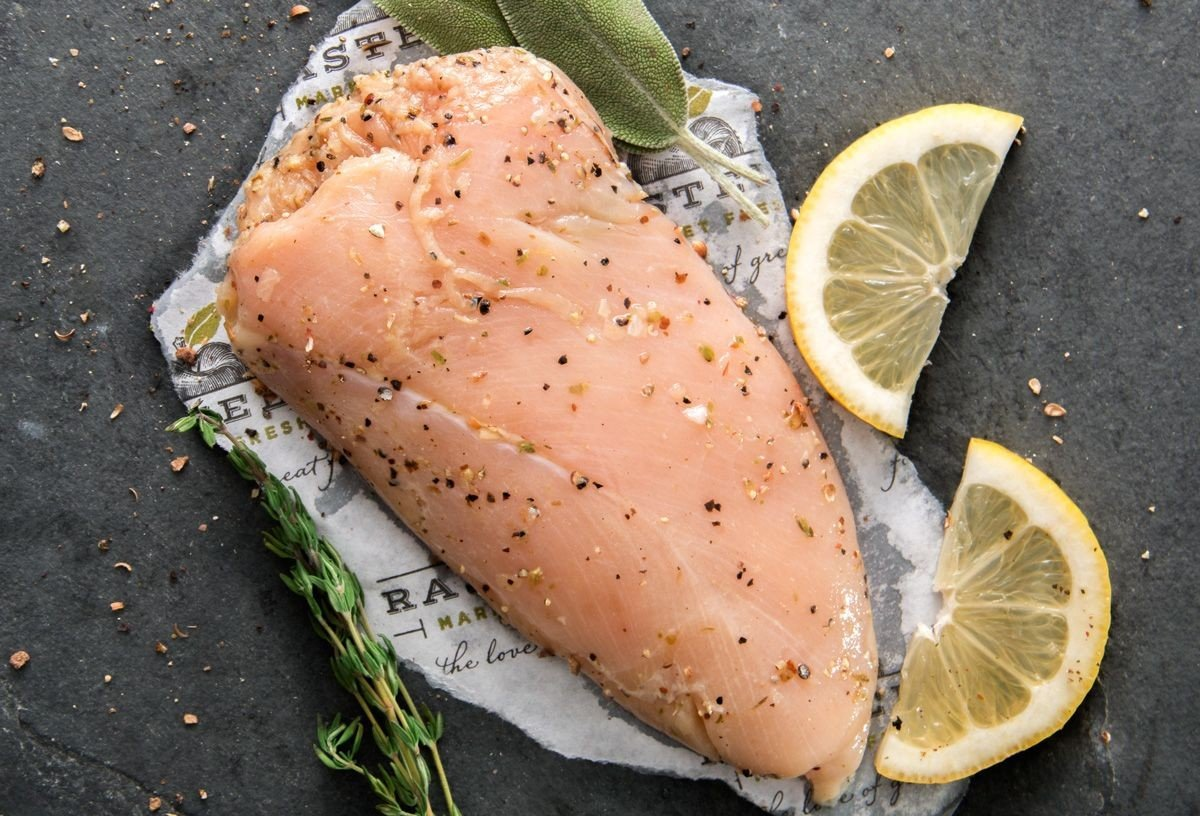Antibiotic-Free Lemon Pepper Chicken Breast by Rastelli Market Fresh