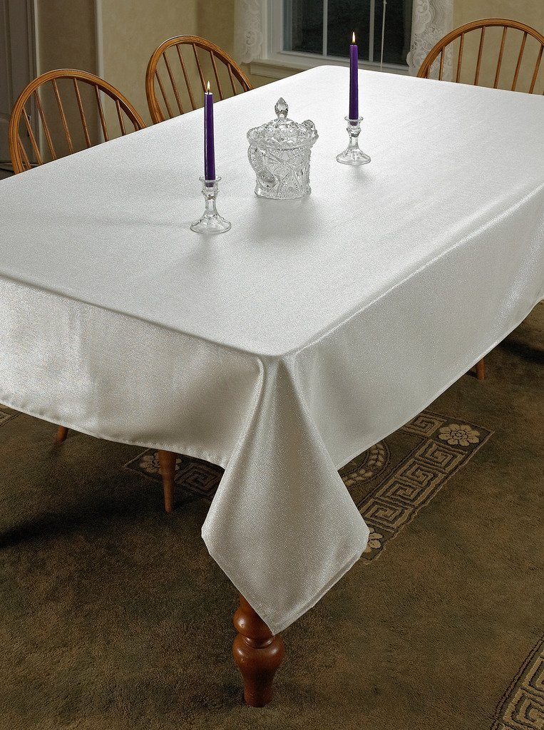 Violet Linen Hotel Metallic Oblong/Rectangle Tablecloth, 60'' x 138'', Silver